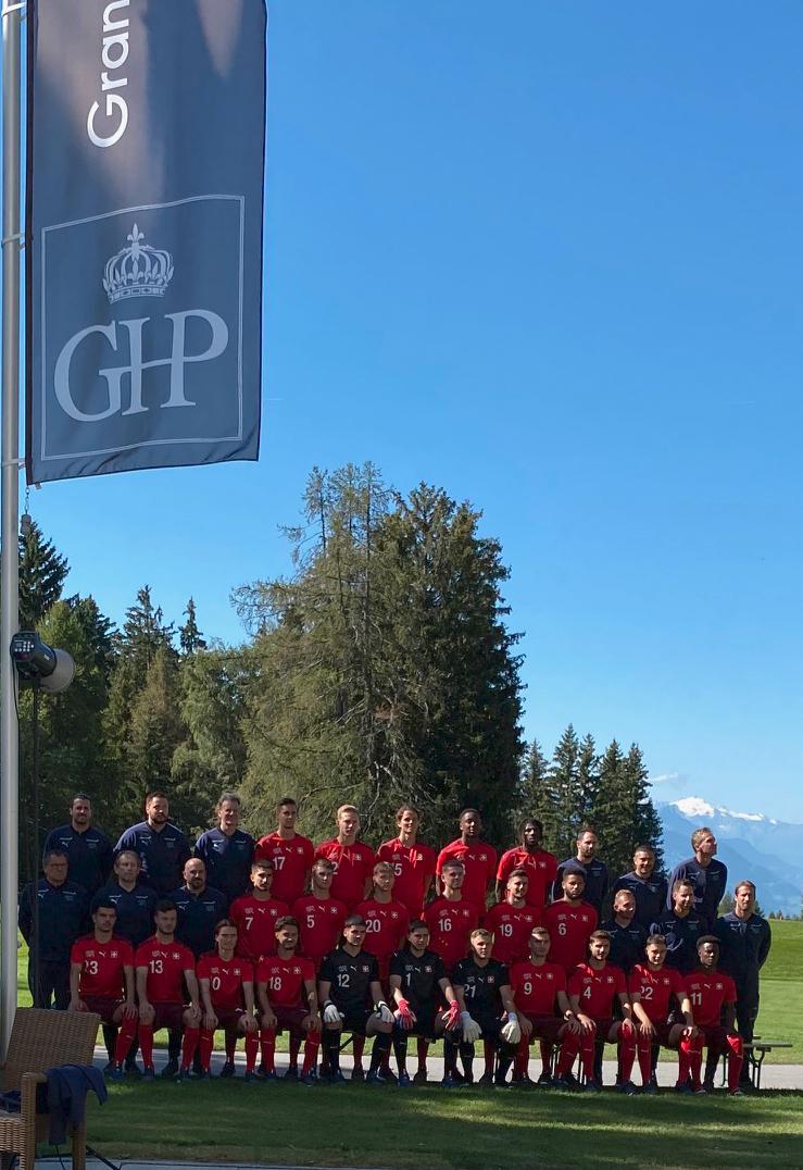 Equipe de foot suisse au Grand Hôtel du Golf & Palace